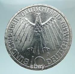 1972 Germany Munich Summer Olympic Games SPIRAL 10 Mark Silver Coin i81010